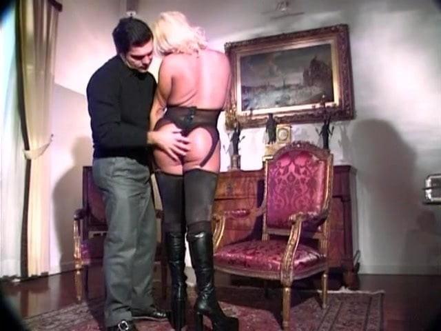 Bridget Video Cumshot German Blonde Tranny Movie Old Bed Shemale Cock