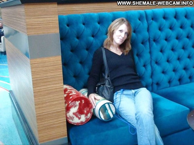 Aliah Stolen Private Pics Barbie Shemale Milf Public Dressed And